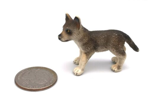 Schleich GREY WOLF PUP Cub Baby Wildlife figure 2008 Retired Wolves 14606