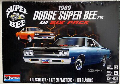 1969 Dodge Super Bee 440 Six Pack 2´n1 1:25 Revell USA 4505