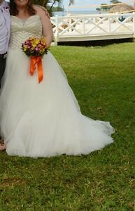Beautiful size 20 wedding gown from David's Bridal