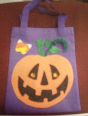 HALLOWEEN PUMPKIN TRICK OR TREAT BAG CRAFT KIT