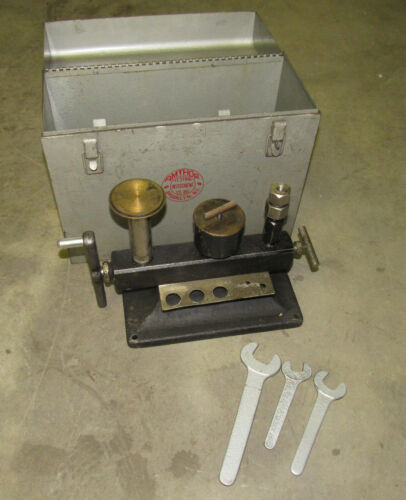 AMTHOR 452 DEAD WEIGHT PRESSURE TESTER RANGE 5000PSI ***AS IS***