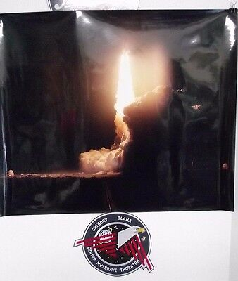 """NASA Space Shuttle, Night launch STS-33 Photo 20""""x24"""" & 9""""  STS-33 Mission Patch"""