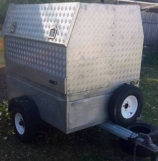 HAND MADE LOCKABLE WEATHER PROOF TRAILER,,,,,