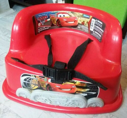 DISNEY PIXAR CARS 2 RED CHILDS BOOSTER CHAIR TABLE SEAT LIGHTWEIGHT NICE!