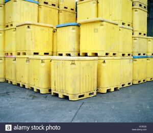 Looking for plastic shipping containers