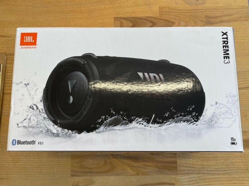 JBL Xtreme 3 - Waterproof Bluetooth Speaker - Black - Excellent