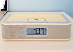 Memorex iwake Dual Alarm Clock with AM/FM Radio & iPod Compatibility Mi4004