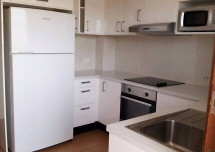 Spacious two bedroom granny flat for lease!