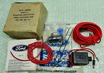 MK1 MK2 MK3 ESCORT CORTINA CAPRI GENUINE FORD NOS ELECTRIC BOOT RELEASE KIT