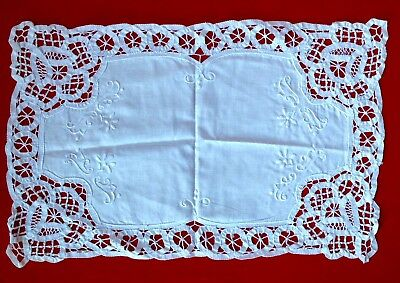 Vintage Hand Made Lacey Tray Cloth, Good Condition