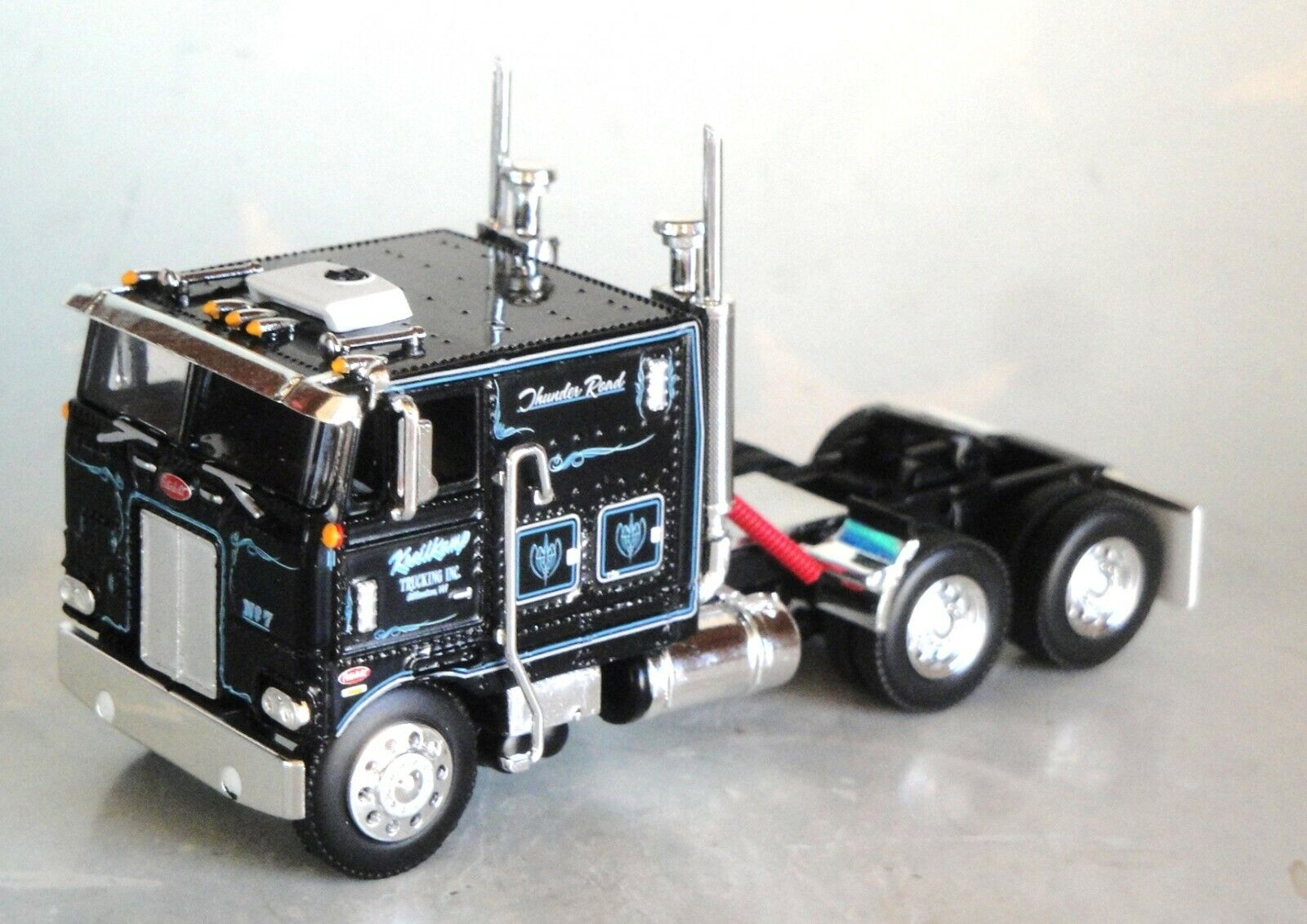 DCP KREILKAMP TRUCKING BLACK 1/64 PETERBILT 352 COE 110 BUNK 60-60-0844 C