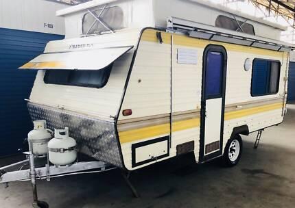 Poptop Caravan- Viscount Advance OFF-ROAD (NEW Fridge)