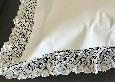PRETTY ANTIQUE LINEN PILLOW CASE, HAND-MADE BOBBIN LACE EDGING