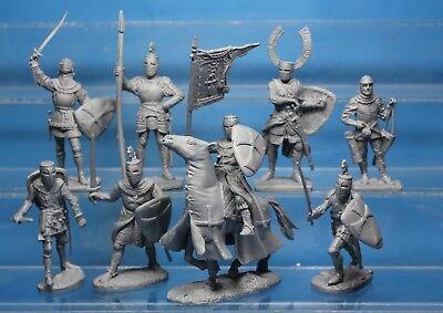 Plastic Toy Soldiers Crusaders Knights vs Saracens Crusaders set 132 New