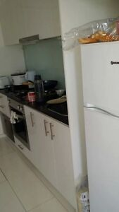CBD apartment for rent, perfect location, girls only! Melbourne CBD Melbourne City Preview