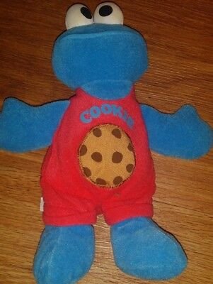 TYCO 1998 COOKIE MONSTER STUFFED ANIMAL WITH COOKIE ON HIS OUTFIT CUTE - Cookie Monster Outfits