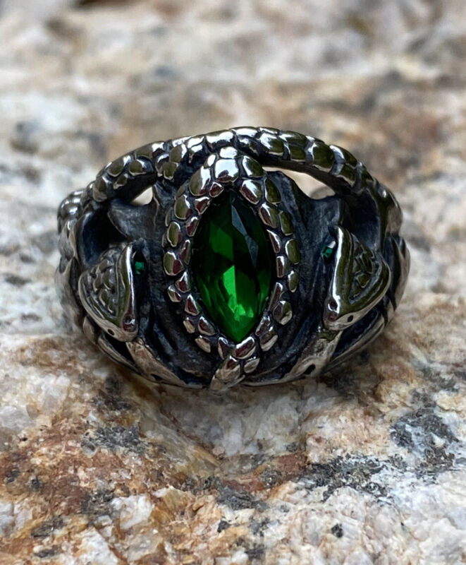 Aragorn Ring Of Barahir Hobbit Lord of the Rings + Gift Bag Stainless Steel