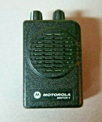 Motorola Minitor V 5 Uhf Stored Voice Sv Pager Single Channel 470-478 Mhz
