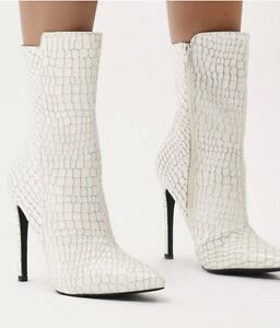 BRAND NEW - Pointed Toe Ankle Boots in White Faux Snake Cranbourne Casey Area Preview