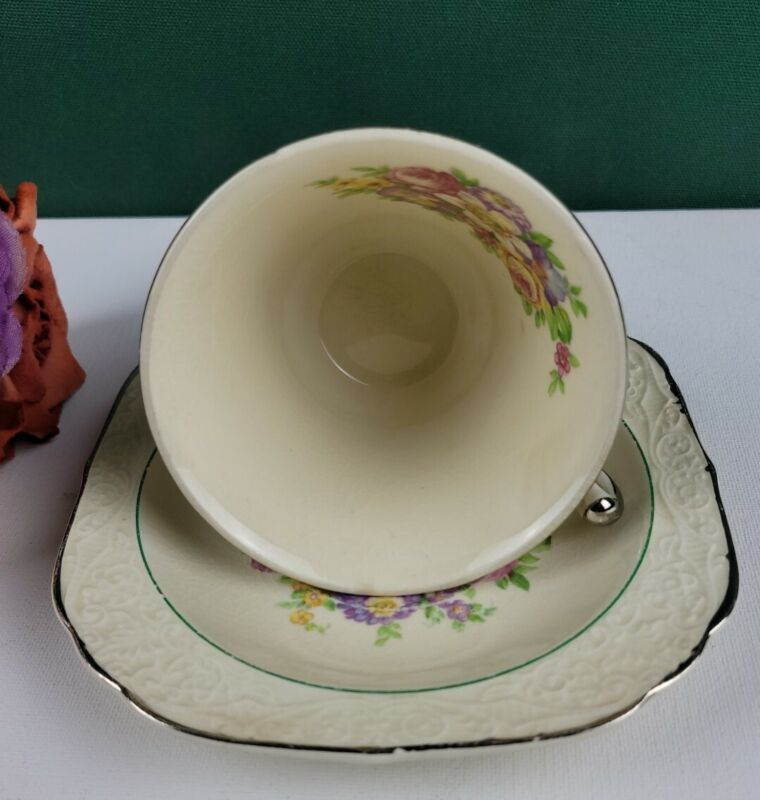 Edwin M. Knowles S2-1 - Saucer