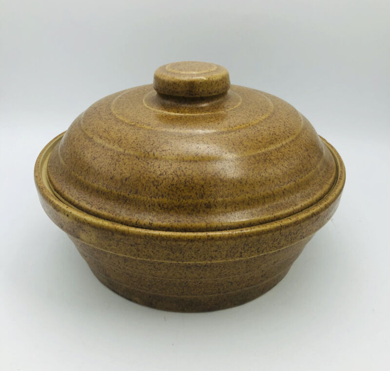 Vintage Monmouth Pottery Mojave Stoneware Brown Covered Lg Casserole Made In USA