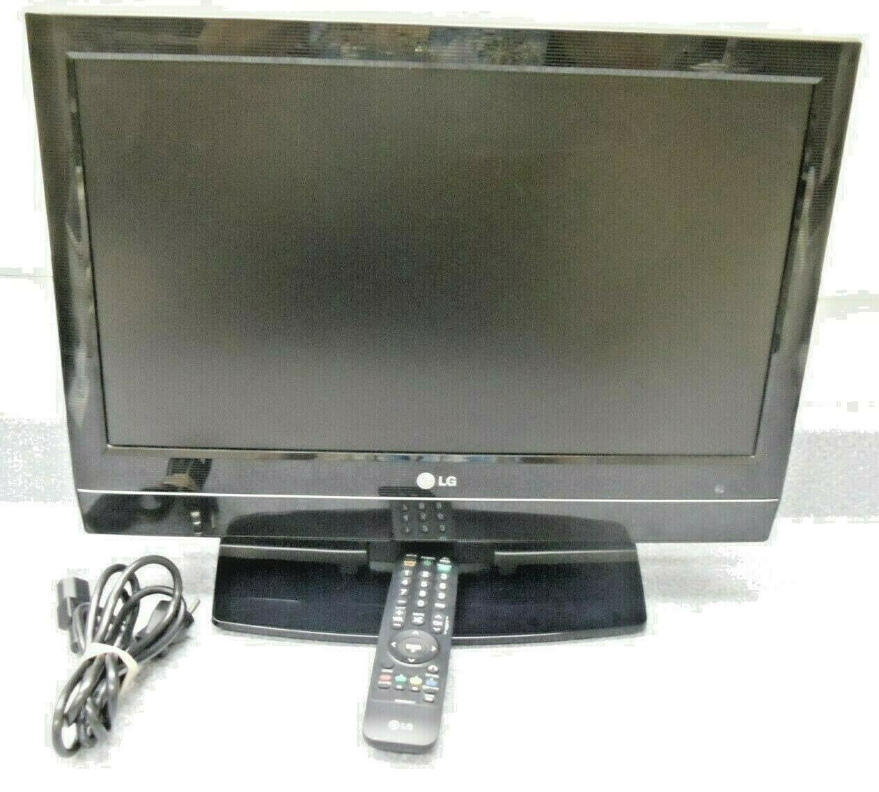 "LG 20LS7D 20"" 720p HD LCD Television w/Remote Manual on CD"