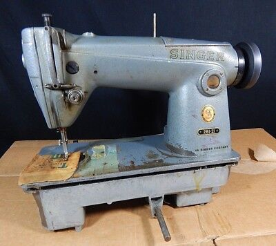 Singer Sewing Machine Commercial Industrial Upholstery Machine 281-21