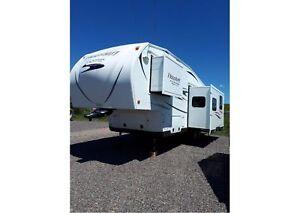 2015 Flagstaff by Forest River 8528BHWS $165.00 Bi/wkly -