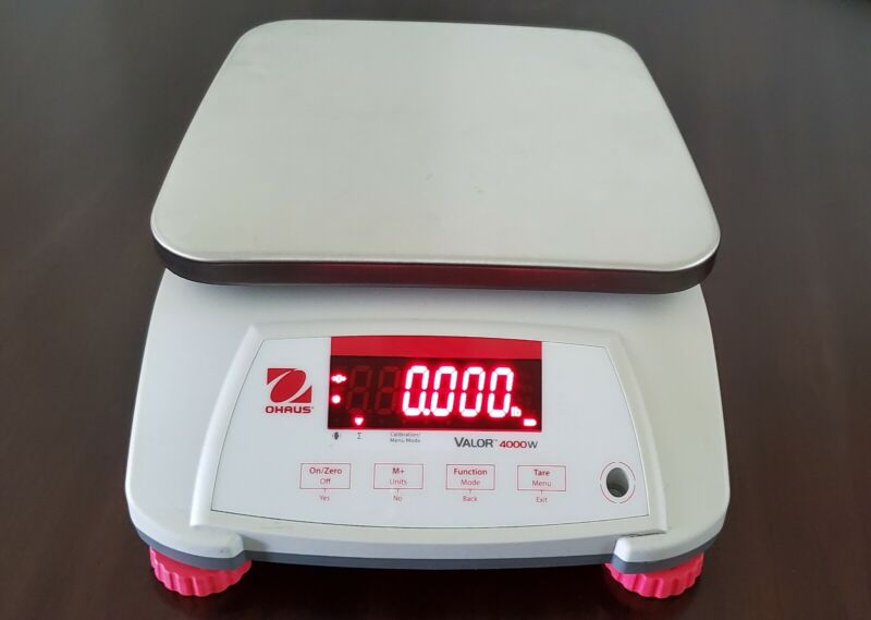 OHAUS Valor 4000W Scale (V41PWE6T)