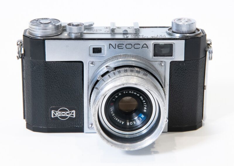 Neoca 2S 35mm Film Rangefinder Camera