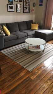 Rug and coffee table (IKEA) for sale