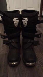 Youth Thor  motocross boots
