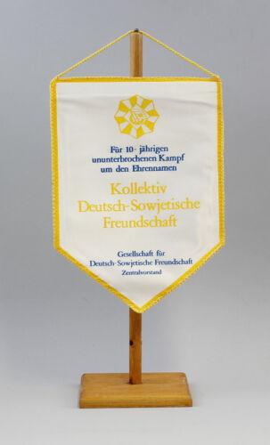 9990136 GDR Pennant 10 Years Fight Collective Deutsch-Sowjetische Friendship Dsf