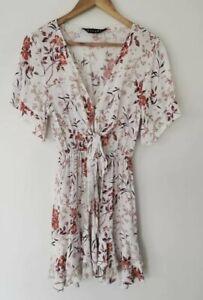 Kivari floral mini dress size M