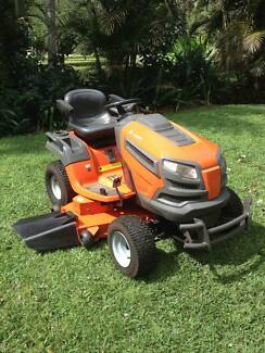 RIDE ON HUSQVARNA MOWER LOW HOURS Clunes Lismore Area Preview