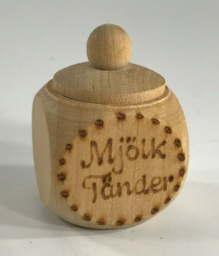 Vintage Sweden Mjölk Tänder - Milk Teeth - Keepsake Box Baby First Tooth UNUSED