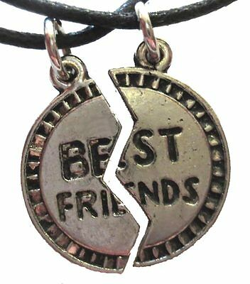 Funky Retro BFF BEST FRIENDS PUZZLE PENDANT NECKLACE SET Novelty Costume Jewelry - Best Friends Costume