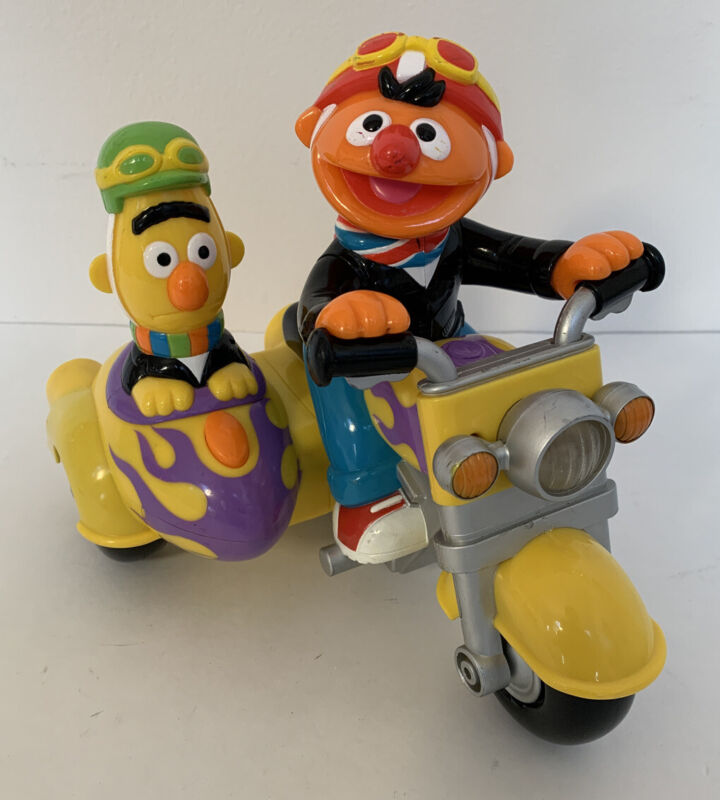 Bert and Ernie Revin Sounds Motorcycle Toy Sesame Street Mattel WORKS PERFECTLY