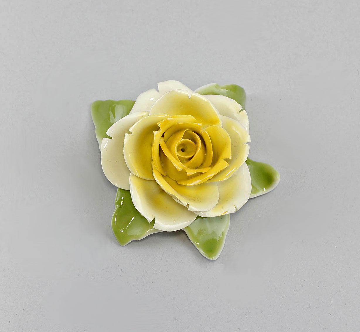 handmade  Table Rose Yellow Kämmer-Porcelain H4CM a3-44132