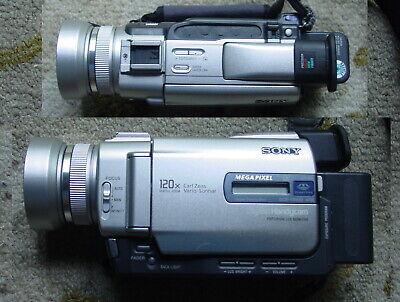 Sony DCR-TRV20 Nightshot Digital Mini DV Video Recorder Camcorder