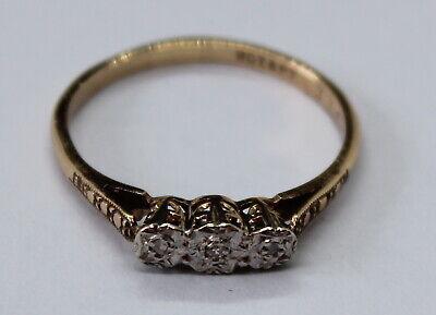 VINTAGE 9CT YELLOW GOLD TRIPLE DIAMOND RING SIZE O 1/2