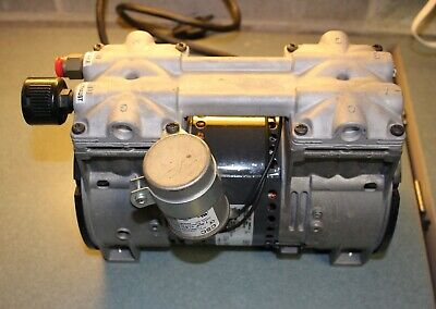 Thomas 2688ce44 D Piston Air Compressorvacuum Pump Great Working Condition
