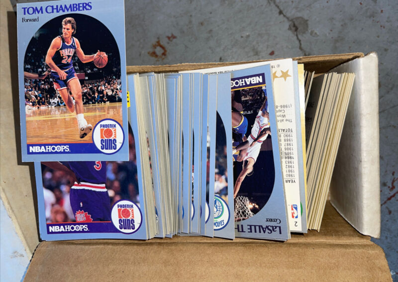 Huge Lot Of sportscards collection storage unit Over 2000 CArds