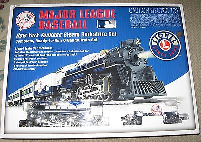 Lionel 7-12000 Major League Baseball New York Yankees Steam Berkshire Train Set