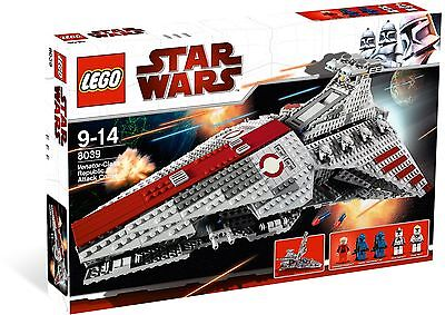 Brand New Lego Star Wars 8039 Venator Class Republic Attack Cruiser Rare Minifig