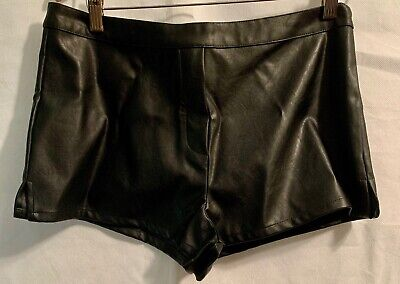 New Victorias Secret Faux Leather Short Shorts M Hot Pants Sexy Medium  Sexy Leather Hot Pants