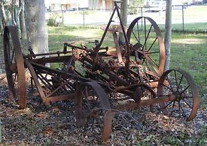 Vintage horse drawn PLOUGH. Large with steel wheels. Garden? Wadalba Wyong Area Preview