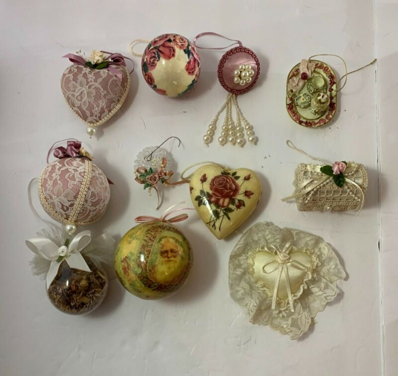 lot of 11 vintage Victorian style Christmas ornaments holiday balls