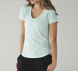 ⭐️LULULEMON  MINTY GREEN T SHIRT ⭐️