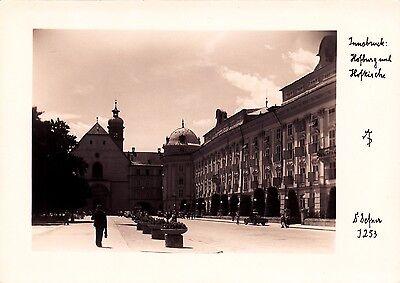 Innsbruck , Hofburg und Hofkirche , Ansichtskarte